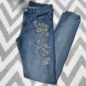 Express | Mid Rise Floral Embroidered Jeans